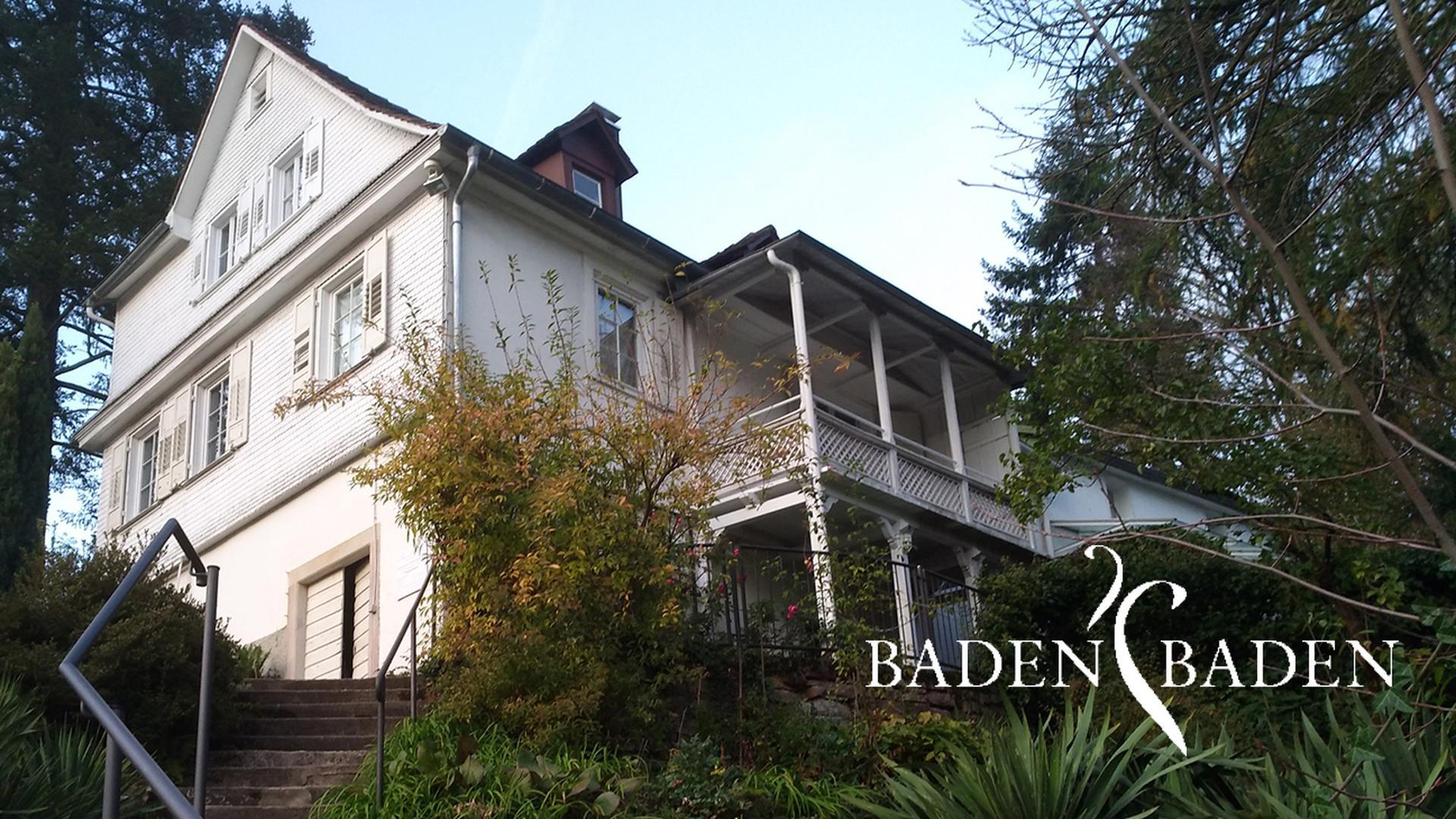Die Brahmsgesellschaft hat es sich ferner zur Aufgabe gemacht, das Brahmshaus zu erhalten.