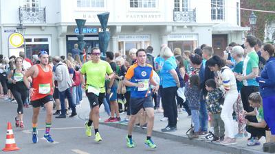 Rund 800 Läufer waren beim Heel-Lauf in Baden-Baden dabei.