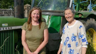Helga Decker (links) und Raphaela Riedmiller-Kuttnick-Wicht, Initiatorinnen der Bio-Musterregion Mittelbaden+, haben mit ihrer Initiative bereits mit der Arbeit begonnen. Jetzt konnte der Naturpark Schwarzwald Mitte/Nord als Lead-Kooperationspartner gewonnen werden.
