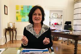Oberbürgermeisterin Margret Mergen, in ihrem Amtszimmer im Rathaus Baden-Baden.