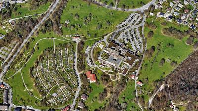 Ein Luftbild zeigt das Klinikum Baden-Baden-Balg.