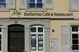 Das M 10 am Marktplatz in Baden-Baden besticht durch seine schöne Terrasse. Der Betreiber Integra Mittelbaden hofft deshalb noch im Frühjahr den  Café- und Restaurantbetrieb wieder öffnen zu dürfen.