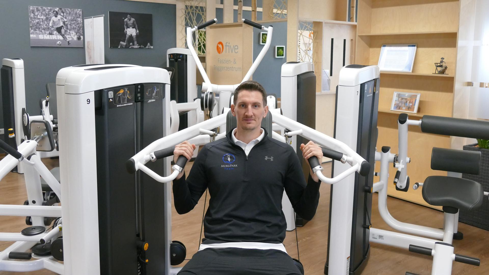 Für Matthias Bohn vom MurgPark Fitness und Gesundheit in Kuppenheim ist es wichtig den Kontakt zu den Mitgliedern zu halten. Über Social Media oder per E-Mail gibt er Fitnesstipps.