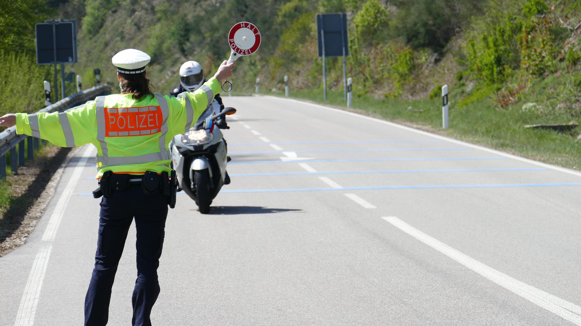 Verkehrskontrolle am Helbingfelsen