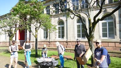 Die Sammelgruppe startete hinter dem Friedrichsbad