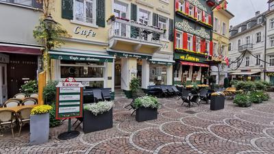 In der Fußgängerzone in Baden-Baden, eigentlich eine beliebte Flaniermeile, ist derzeit wenig los.