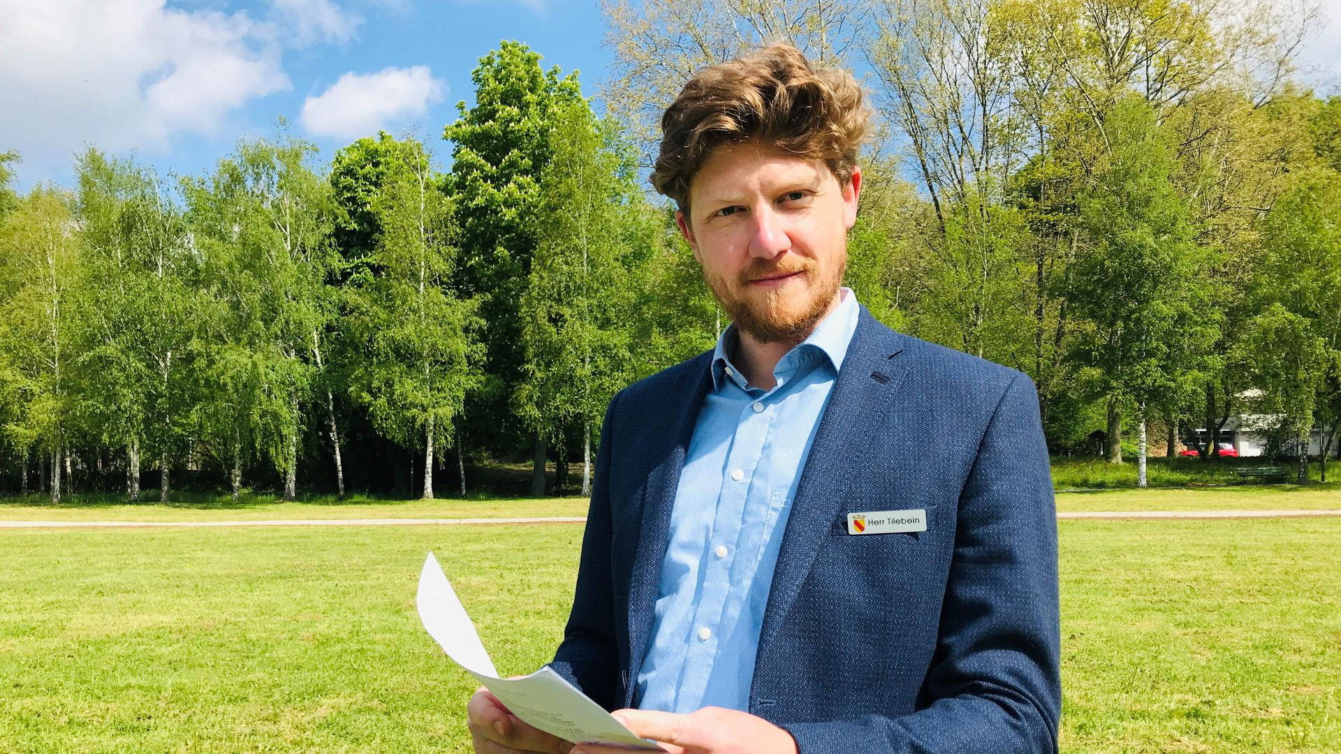 Mats Tilebein, neuer Leiter des Fachgebiets Ordnung und Sicherheit im Rathaus, beim Ortstermin im Wörtböschelpark in Baden-Baden.