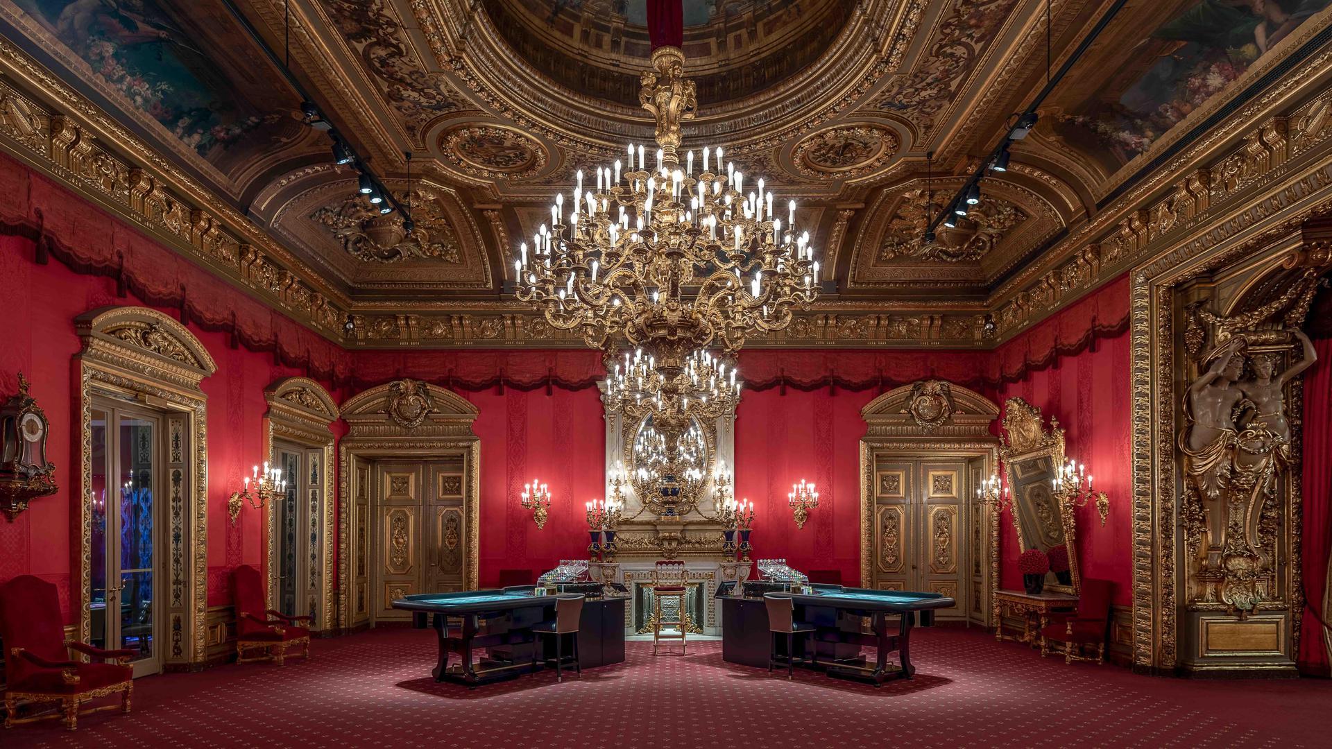 Auch Innenarchitektur hat es dem Fotografen angetan. Hier lichtete Torben Beeg einen Raum im Casino Baden-Baden ab.