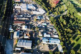 Blick aus der Vogelperspektive auf das Gewerbegebiet im Baden-Badener Stadtteil Oos.