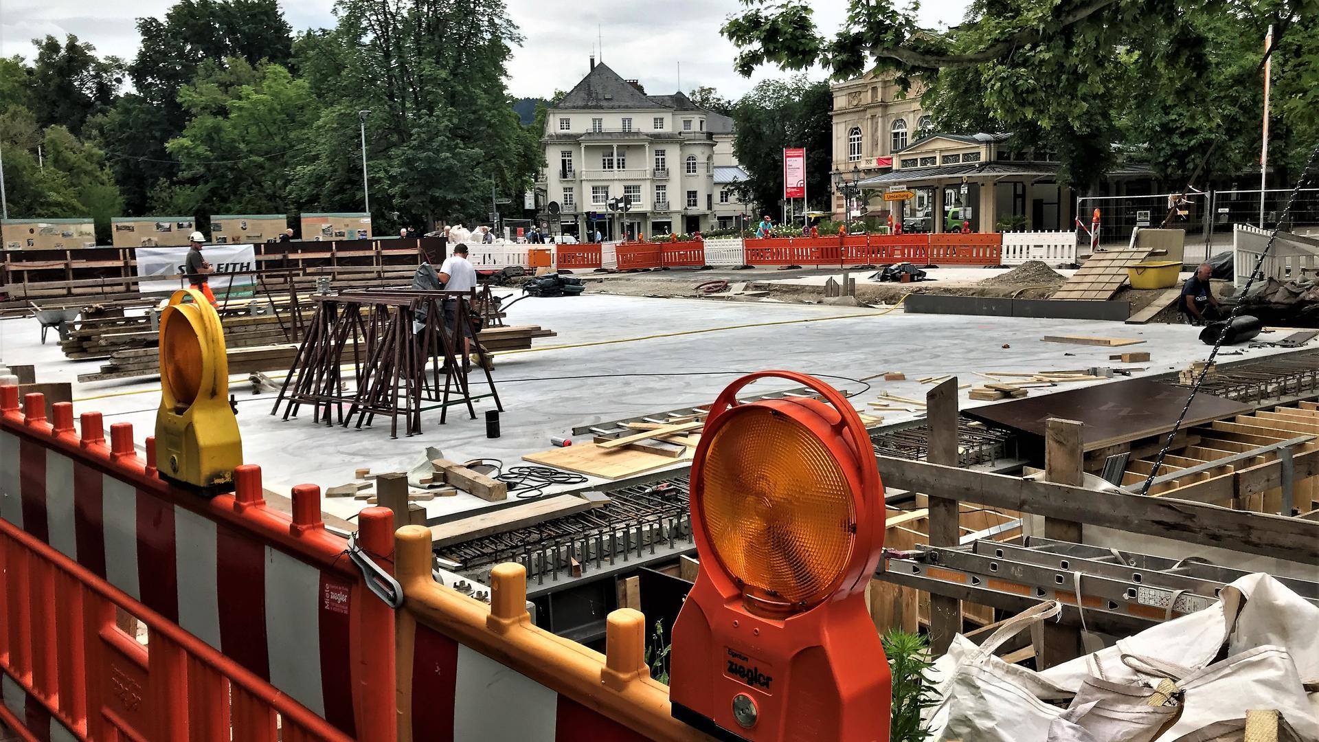 Die Bauarbeiten laufen weiter: Wichtige Projekte wie etwa der Neubau der Fieser-Brücke im Baden-Badener Stadtzentrum sind von den Folgen der Haushaltssperre nicht betroffen. Deren Fortsetzung trägt nach Ansicht von Gemeinderat und Rathaus dazu bei, in der Corona-Krise die regionale Wirtschaft zu stützen.