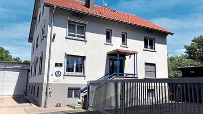 Für die Opfer ein Ort des Grauens: Die Polizei ermittelt gegen einen früheren Jugendbetreuer des THW Baden-Baden, der im Keller dieses Gebäudes der Katastrophenschutzorganisation Kinder sexuell missbraucht haben soll.