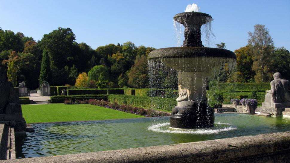 In Baden-Baden gibt es viele Grünanlagen - dementsprechend fallen auch viele Grünabfälle an. Das Bild zeigt den Rosengarten in der Gönneranlage.