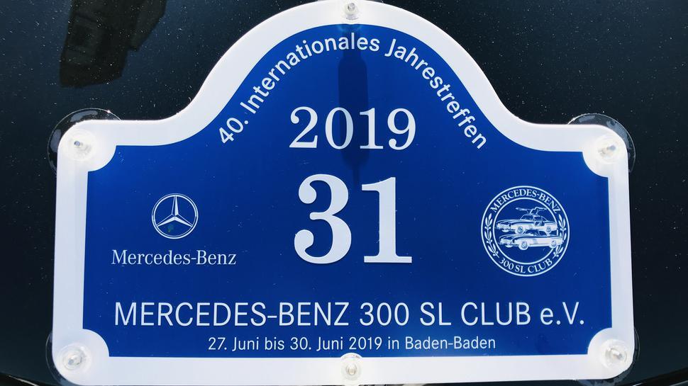 Nach 1982 wieder in Baden-Baden: das Jahrestreffen des Mercedes-Benz 300 SL-Clubs.