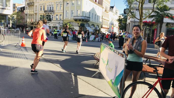 Neu beim Heel-Lauf: Der zehn Kilometer-Lauf führt in die Innenstadt und über den Leo.