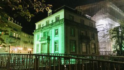 Auf Grün stehen die Zeichen für den Abschluss der Sanierung des Hotels Europäischer Hof in Baden-Baden nicht. Ein Insolvenzverwalter soll helfen, einen neuen Geldgeber zu finden.