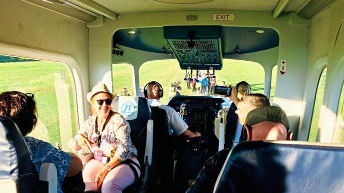 Mit dem Zeppelin reist man gemütlich, auch wenn die Kabine recht klein ist.