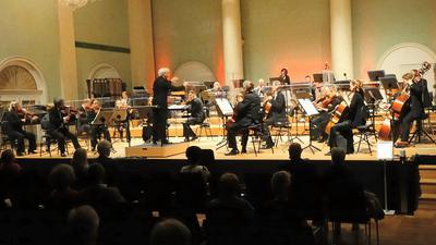 Foto von einer der Soirees philharmoniques mit Pavel Baleff am Dirigentenpult