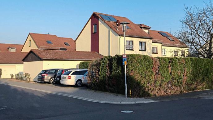 Gegenwart: Nichts deutet darauf hin, dass an der Einmündung der Sandweierer Belchenstraße in die Hauenebersteiner Straße einst ein Filmstudio stand.