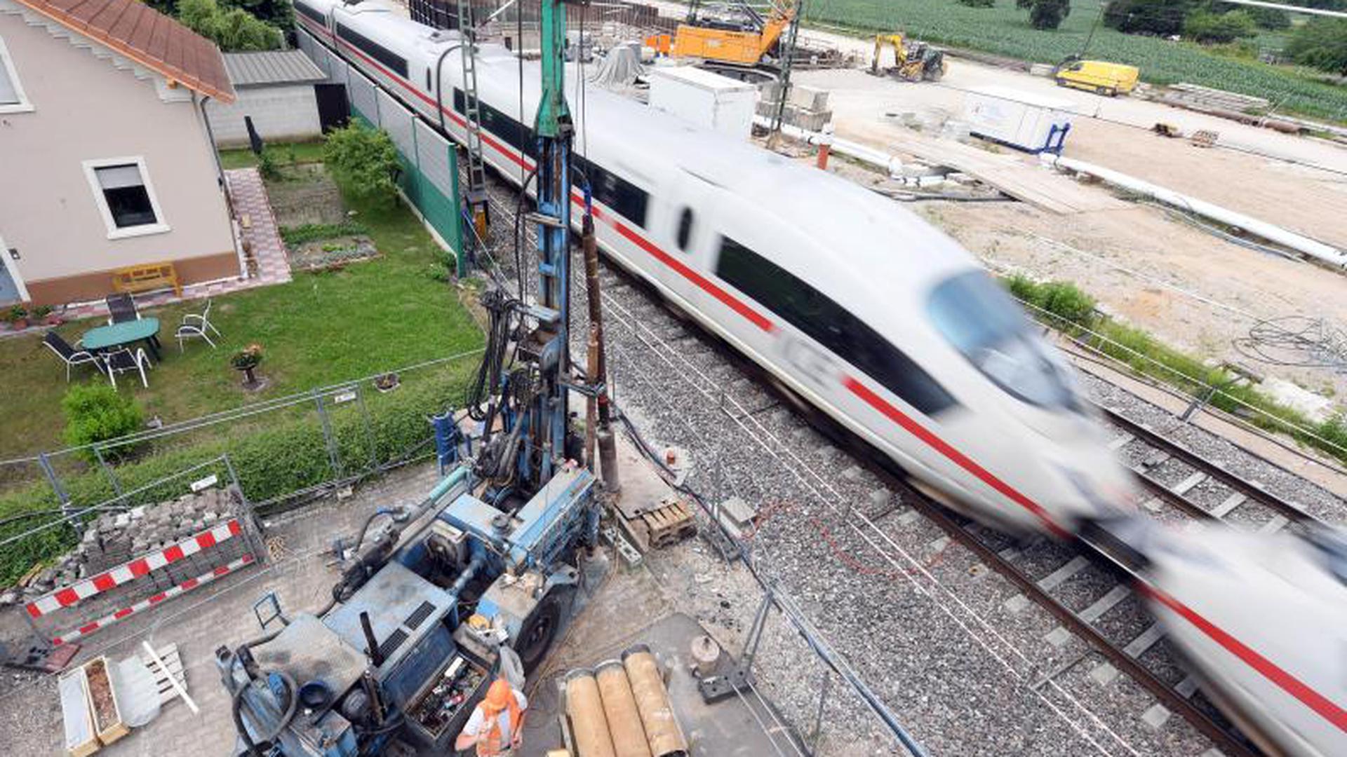 Eine Baustelle an der Neubaustrecke der Rheintalbahn