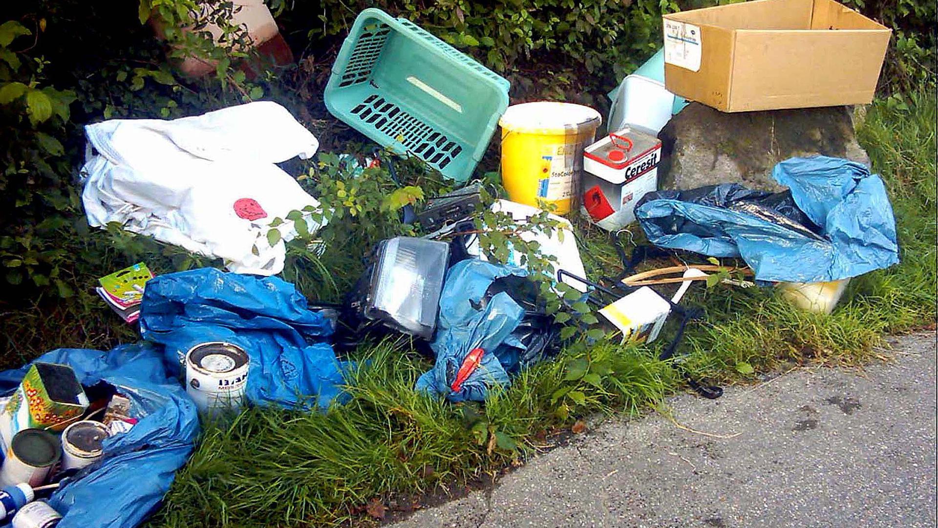 Wird zunehmend zu einem Problem: Wilder Müll in der Stadt kann über den Mängelmelder gemeldet werden.