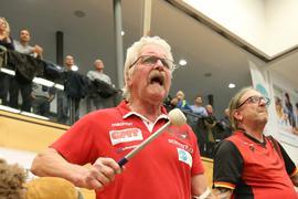 Baden Rockets Fanclub Bisons Bühl Bundesligavolleyball Dieter Habich trommelt
