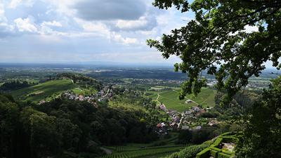Dunkle Wolken über dem industriereichen Rheintal: Die Automobilindustrie, die den Wohlstand der Städte und Gemeinden in Bühl und Umgebung bestimmt, steckt tief in der Krise.
