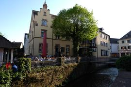 Darf wieder öffnen: Die Gastronomie in Bühl, wie hier der Aussenbereich der Heimat an der Bühlot, darf nach anhaltend niedriger Inzidenz wieder den Betrieb aufnehmen.