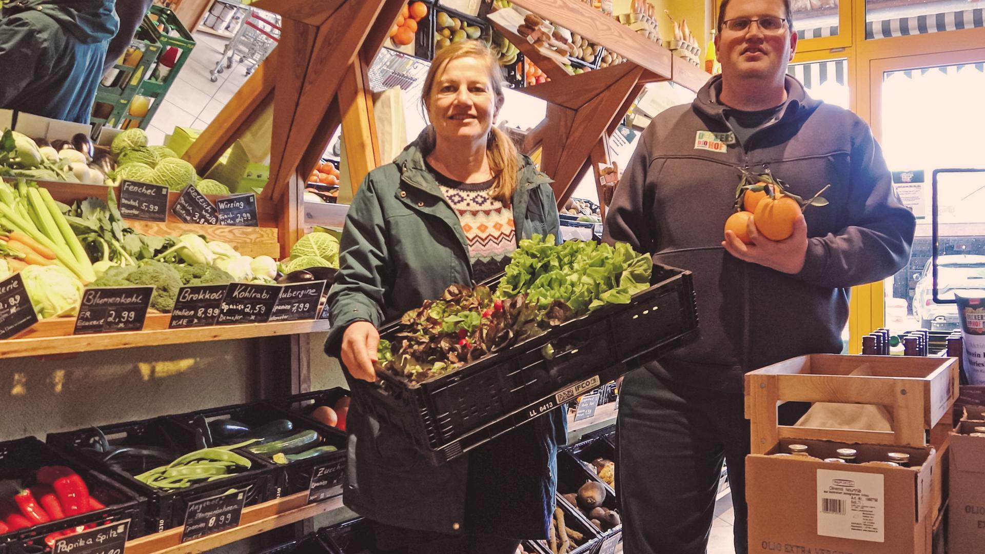 Die Bühler Bio-Unternehmerin Helga Decker und ihr Sohn Christoph konnten während der Corona-Krise vor allem mit ihrem Lieferservice punkten und so auch gleich erfolgreich Werbung für Bio-Produkte machen.