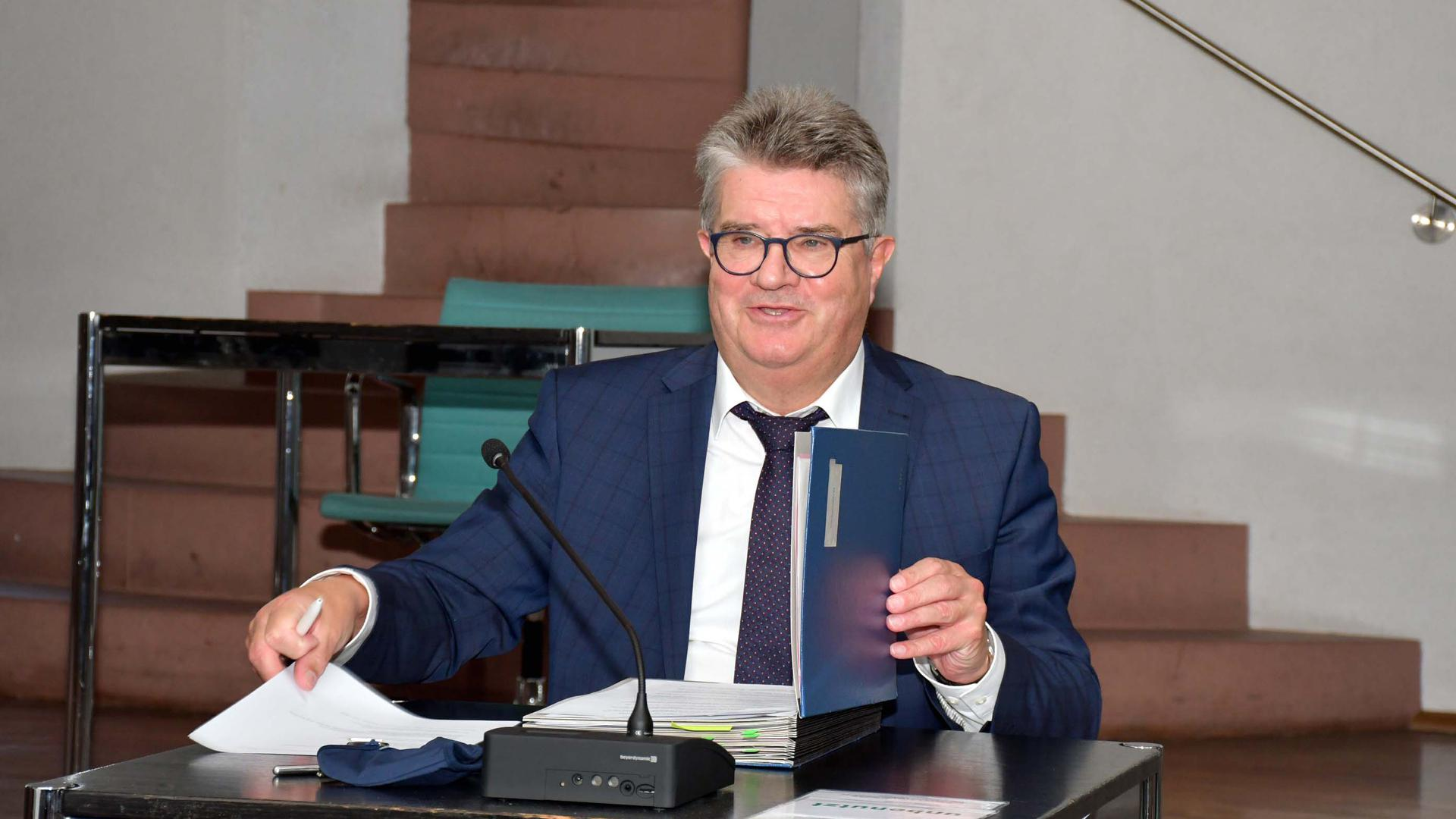 Hubert Schnurr Oberbrgermeister der Stadt Bhl