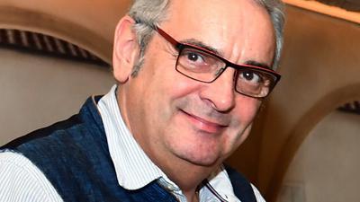 Mann in Restaurant - Jürgen Kohler - Inhaber des Engel in Vimbuch und Dehoga-Chef für Bühl