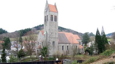 Kirche Neusatz