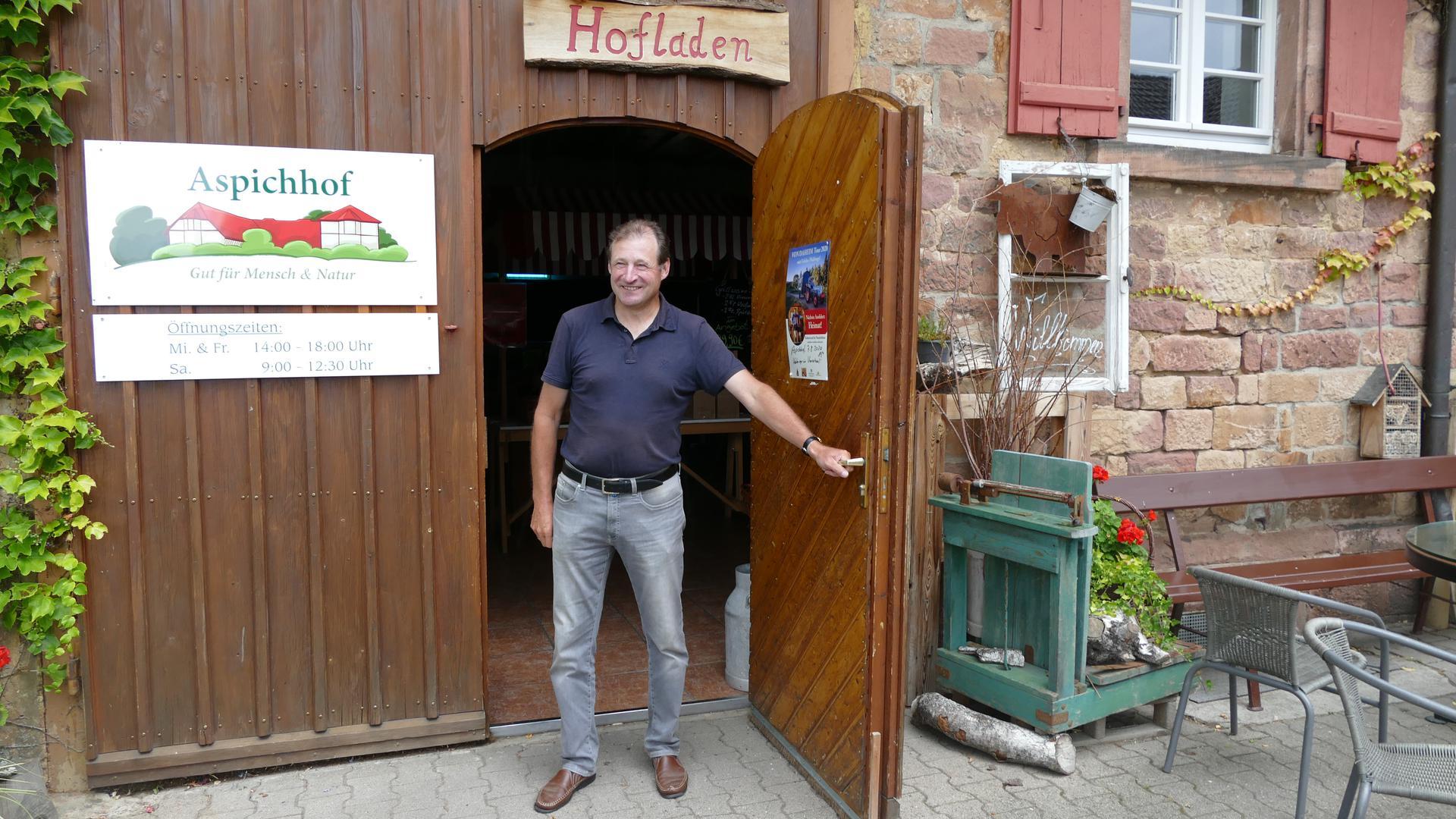 Zukunftspläne: Auf dem Aspichhof in Ottersweier stellt Geschäftsführer Ewald Glaser sowohl  beim Ackerbau als auch der Tierhaltung einiges um.