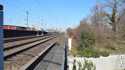 Die Unterführung führt vom Ortsrand von Ottersweier unter der Rheintalbahn hindurch nach Hatzenweier.