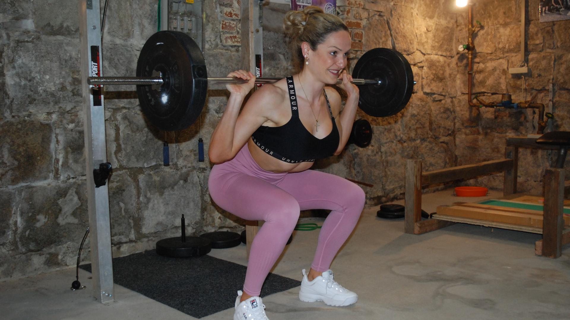 Frau bei Fitness