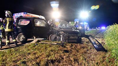 Während der Unfallaufnahme war die B3 voll gesperrt.
