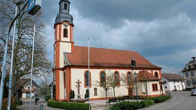 Aus Sicherheitsgründen wurde die Pfarrkirche St. Dionys in Moos für Besucher gesperrt.