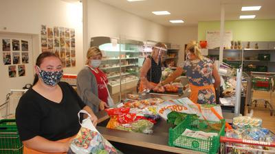 Im Tafelladen in der Bühlertalstraße 6 herrscht wieder Regelbetrieb. Natürlich gilt Maskenpflicht, zudem stehen jetzt mehrere Einkaufswagen zur Verfügung.
