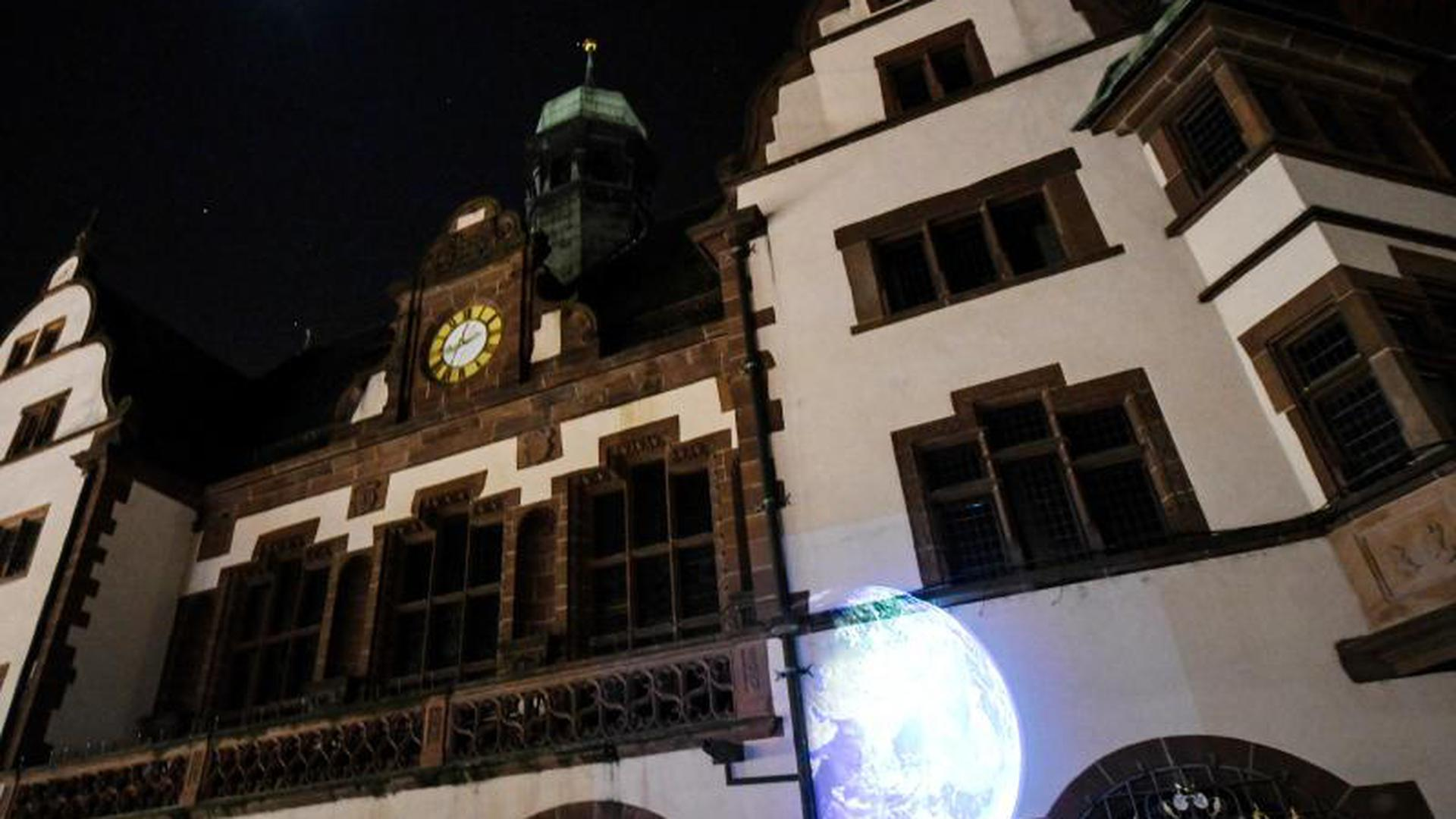 "Klimaschutzaktion ""Earth Hour"" in Freiburg"