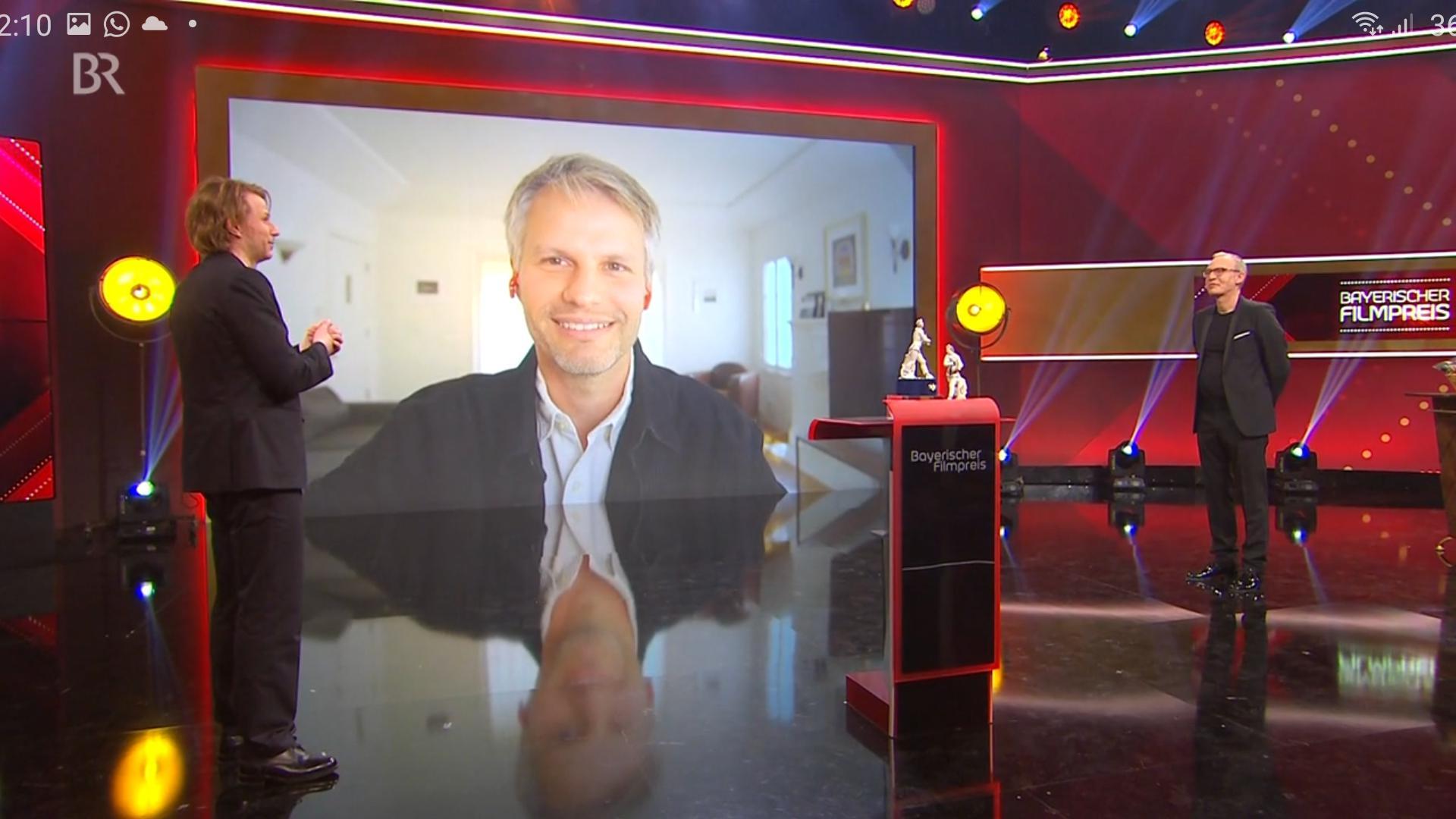 Per Video aus den USA zugeschaltet: Markus Förderer, Shooting-Star unter den deutschen Kameraleuten, hat jetzt mit dem Bayerischen Filmpreis erneut eine Auszeichnung erhalten.