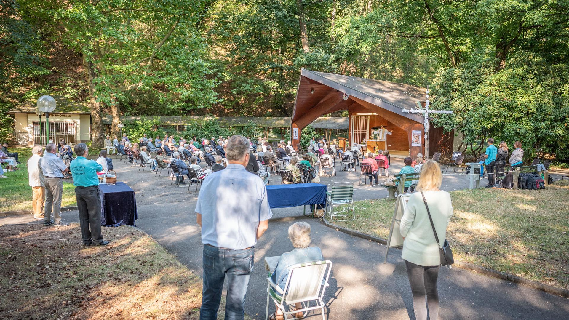 Kurparkgottesdienst Gaggenau Bad Rotenfels Konzertmuschel viele Besucher September 2020