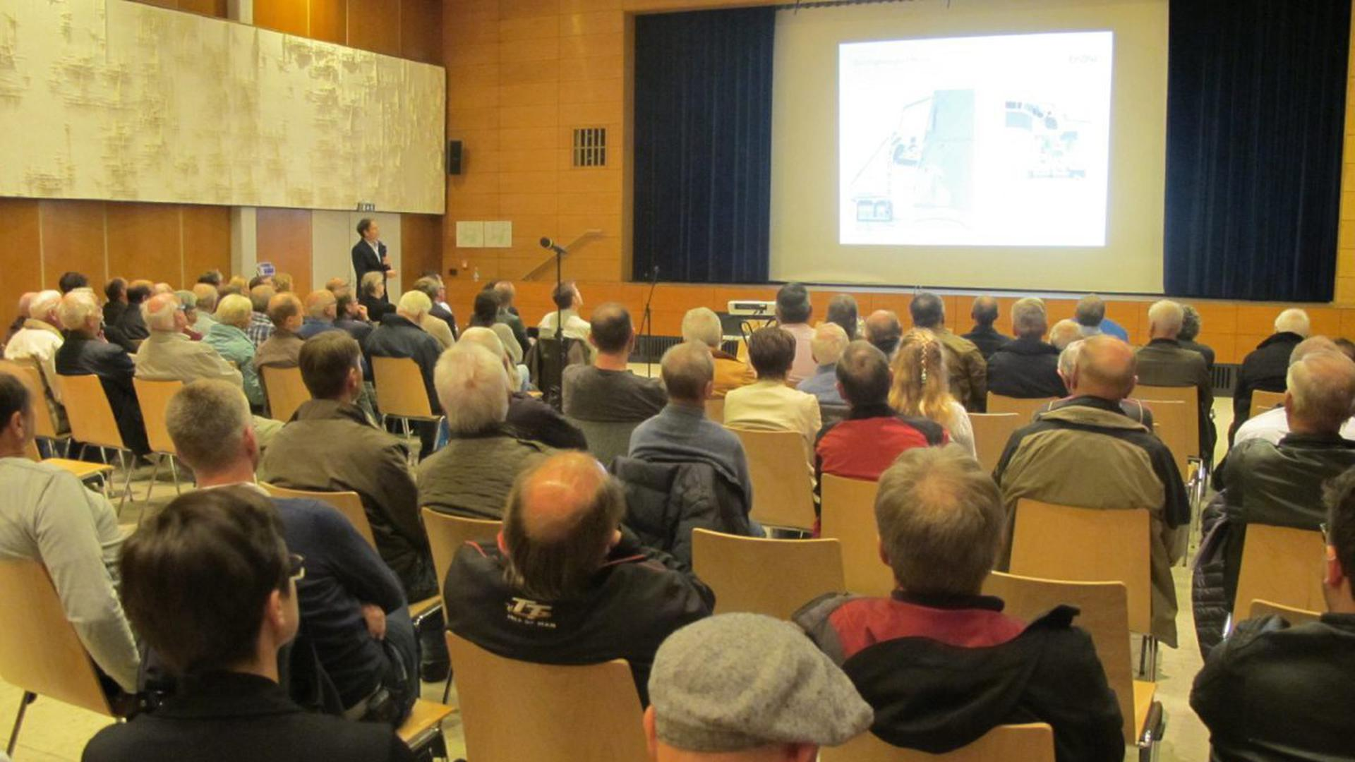 Rege besucht war die Bürgerinformationsveranstaltung der EnBW und der Gemeinde Forbach am Montagabend in der Murghalle.