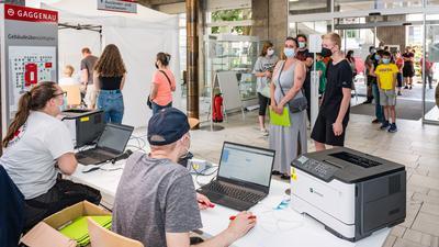 Viel zu tun hatten am Samstag die freiwilligen Helfer bei einer spontanen Impfaktion in Gaggenau.