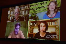 Merkur-Film-Center Ottenau: Die interaktive Expertenrunde moderiert von Sophie Schwer vom Bruno Manser Fonds, besteht aus dem Regisseur und Drehbuchautor des Films Niklaus Hilber, dem Autor und Weggefährten Mansers, Dr. Claude Martin, sowie Stefanie Hess vom Rettet den Regenwald e.V.