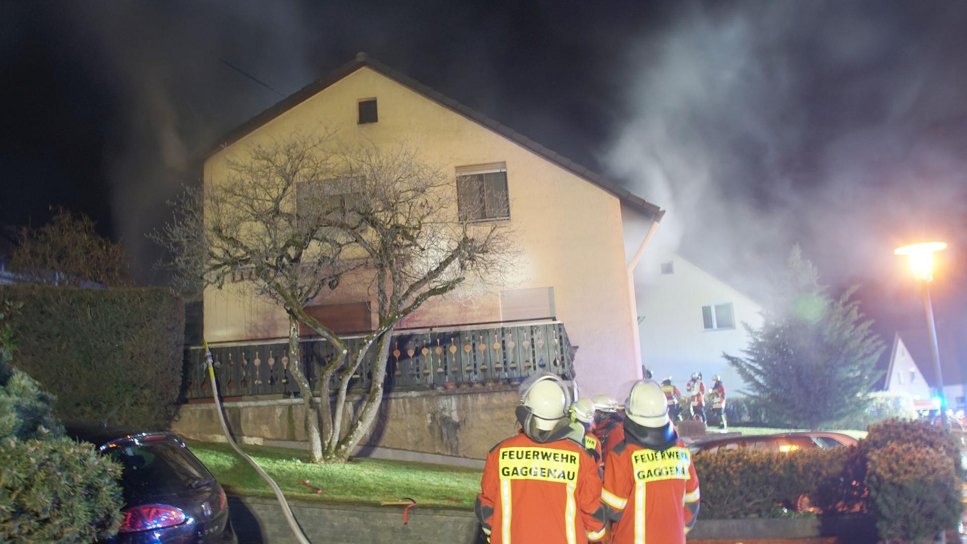 Am Samstagmorgen ist ein Wohngebäude in Gaggenau-Michelbach ausgebrannt und unbewohnbar.