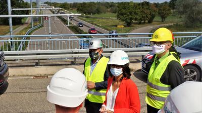 Baustellenbesichtigung eWayBW 31. August 2020 mit Verkehrsminister Hermann und Staatssekretärin Schwarzelühr-Sutter