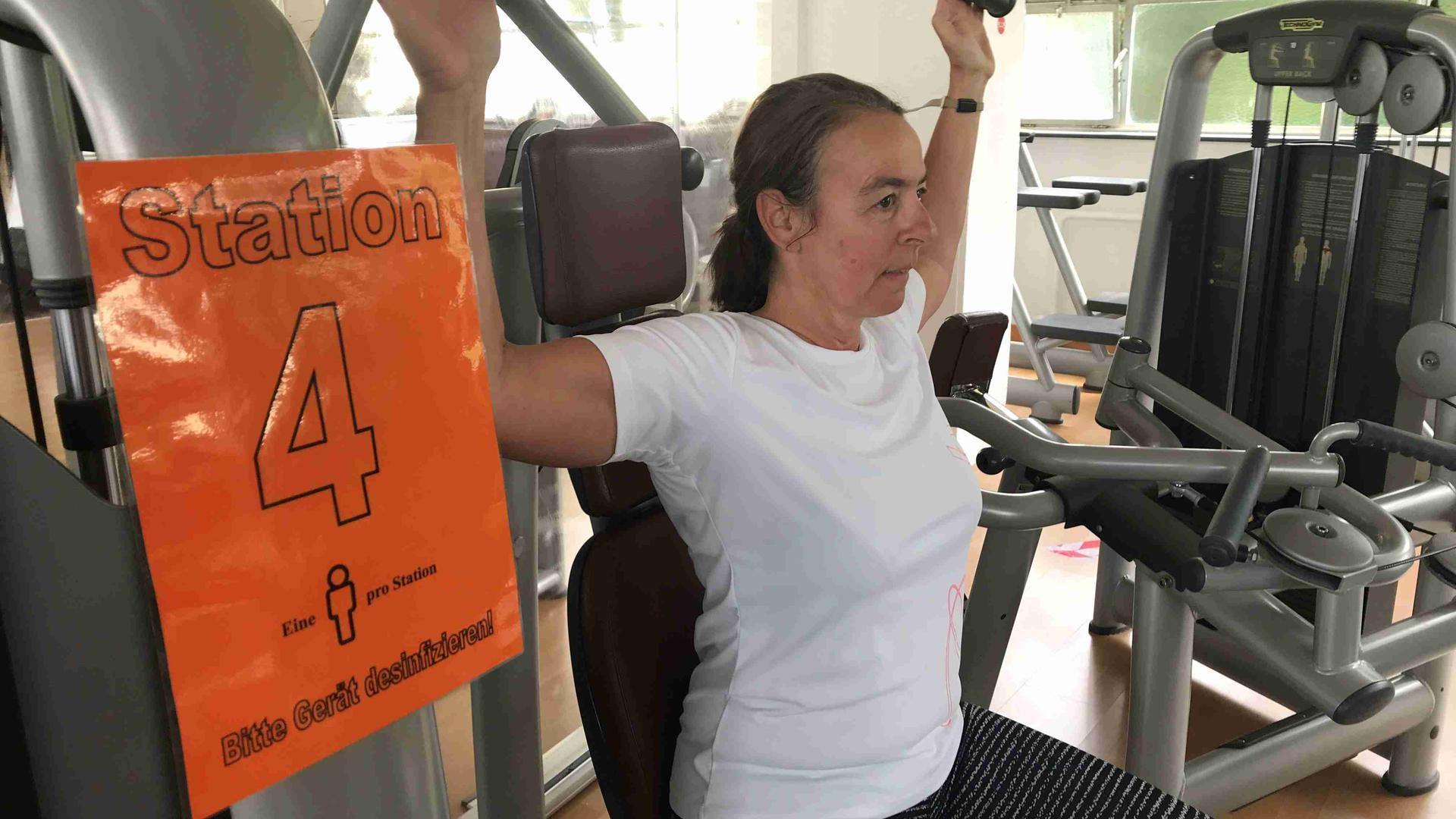 Corona Verunsichert Mitglieder In Gaggenauer Fitnessstudio Bleiben Viele Gerate Frei