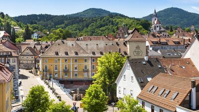 Blick auf die Gernsbacher Altstadt