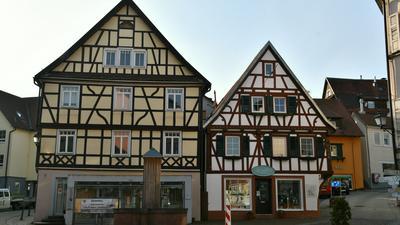 Zwei alte Fachwerkhäuser