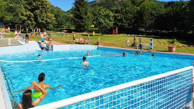 Die Gäste halten die Treue: Das Freibad in Lautenbach ist auch in der Corona-Krise gut besucht worden. Es ist eines von vier Bädern in Gernsbach.