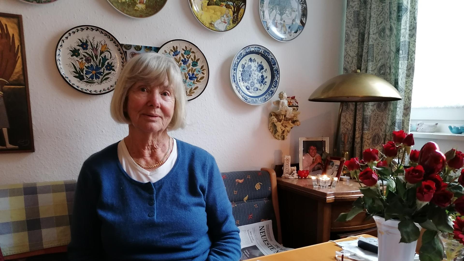 Gisela Vlachakos in ihrem Haus in Baden-Baden